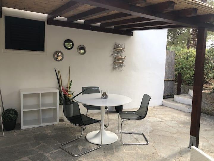 Appartamento Mirtillo with outdoor spaces and wi-fi.