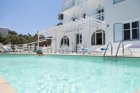 AnamarBlu triple room with pool view,and breakfast - Ornos