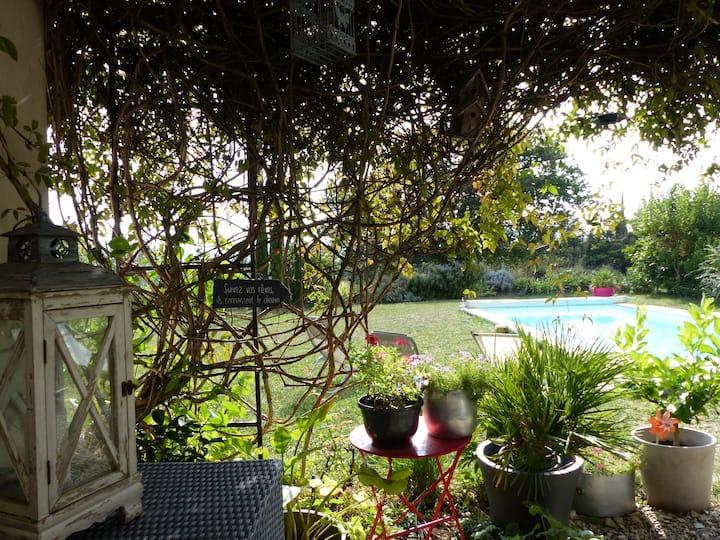 Agréable maison vue imprenable en Drôme Provençale