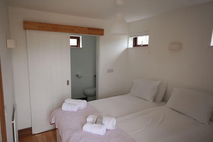 Bedroom/Ensuite