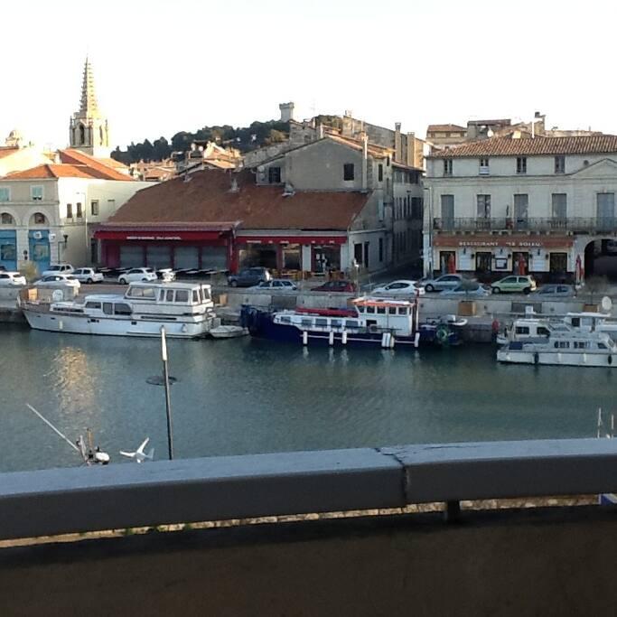 vue sur le port et les restaurants