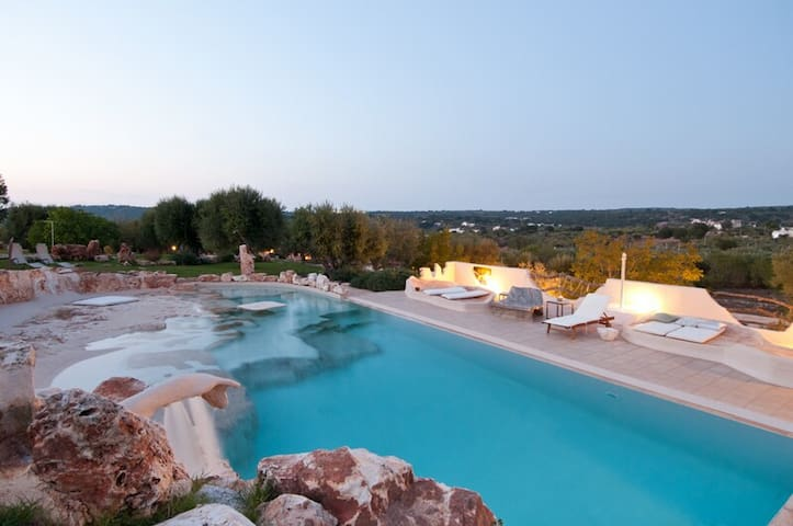 Wonderful Villa with private pool and garden - Ostuni - Casa de campo