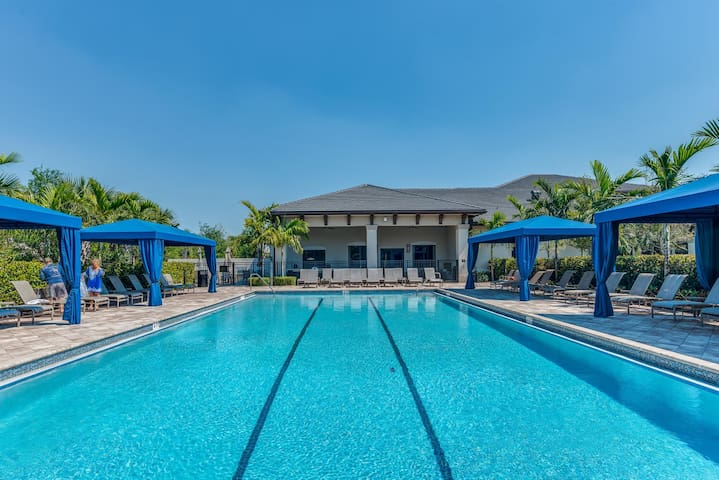 Blue Tides Vacation Home-Delray Beach