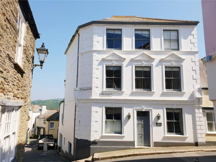 Stunning apartment in the heart of beautiful Fowey