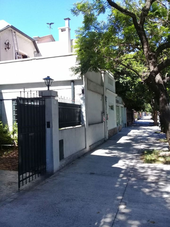 Renting Rooms - Villa Urquiza - Argentina (H1,1)