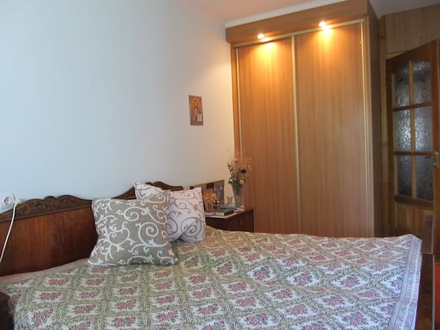 2 Rooms in the suburbs of Lviv. Airport. Railway. - L'viv - Apartemen