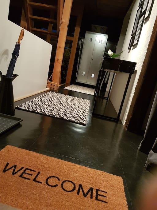 Willkommen im Atelierhaus