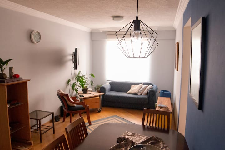 2 bedroom modern apt located in the hurt of Quito