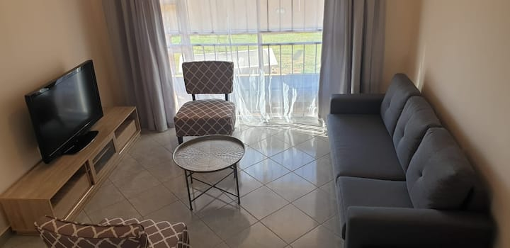 Modern 2 beds apartment 13km to OR Tambo Airport