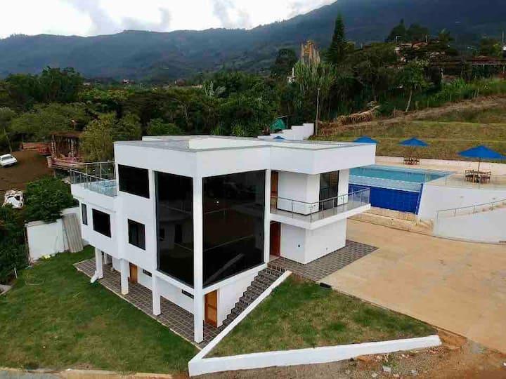 Buena vista luxury House!!! Girardota - Antioquia