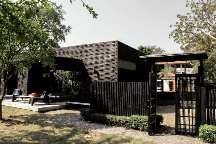 CHEZ PIPLI: La Mer - บ้านลาแมร์ บ้านไม้ไผ่ใกล้ทะเล