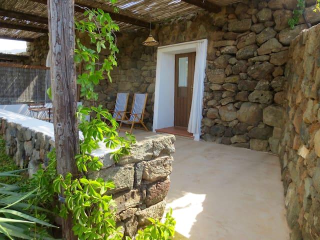 Dammuso AZZURRO - Pantelleria