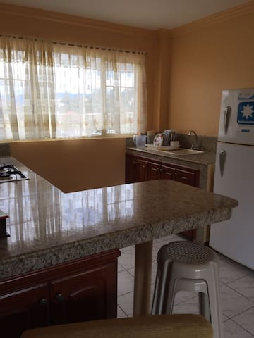 Comfy furnished apartment - Loja - Lakás