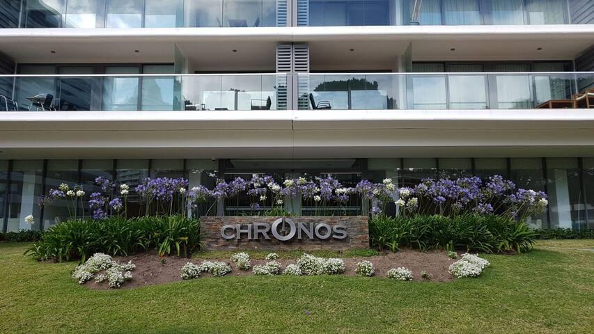 Edificio Chronos. Fachada