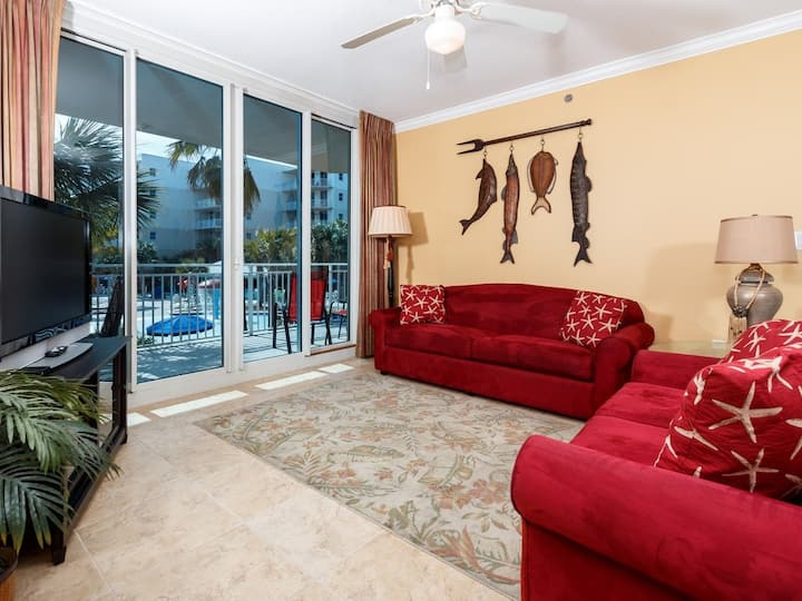 2nd Floor Cute, Coastal Condo At Waterscape! Lazy River