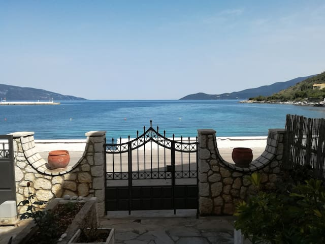 Apartment in Agia Efimia next to the sea
