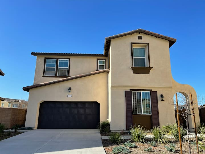Beautiful house brand new for rent