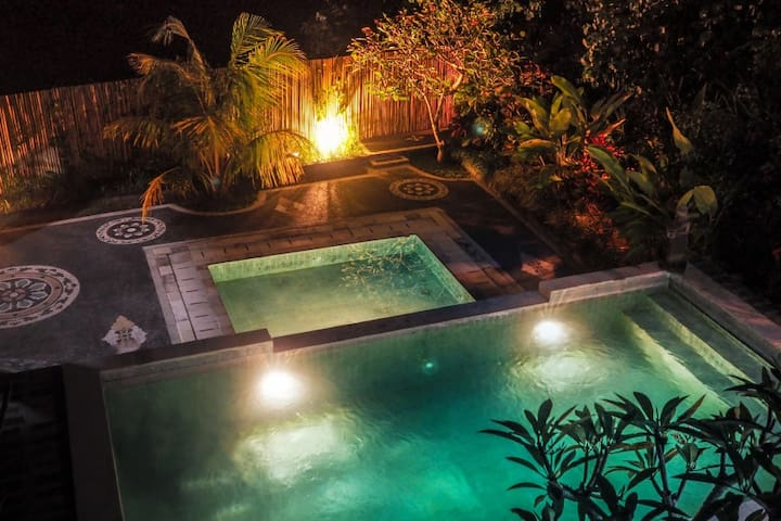 Canggu Beach Hostel - Private Room - Mengwi - Guesthouse
