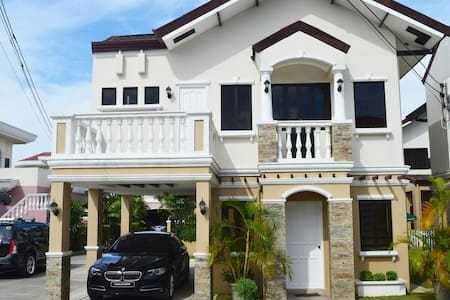 Vacation House by the Sea in Cebu, 3BR, Quiet Area