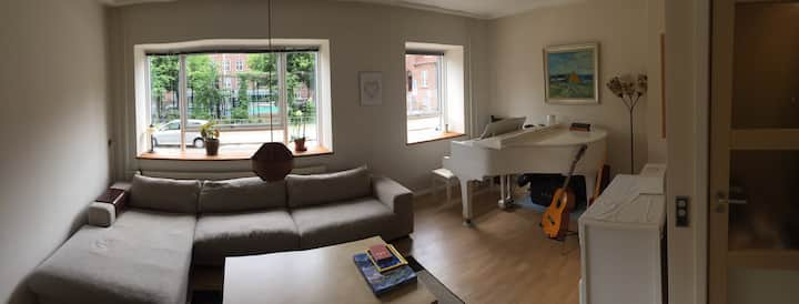 COMFORTABLE 137 m2 APARTMENT WITH BIKES, CENTRAL