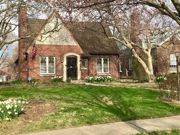 Irvington Charm, Convenience, Tranquility
