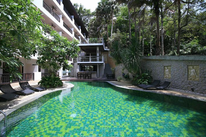 Modern & pleasant apartment near Surin Beach