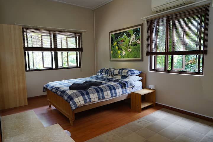 Spacious Room in Lush Green Terrace House