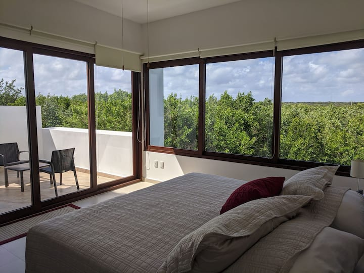 Exotic luxe new house on Akumal beach/ 25 m Tulum