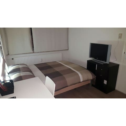 Premium 2 persons private bedroom - Amsterdam - Apartemen