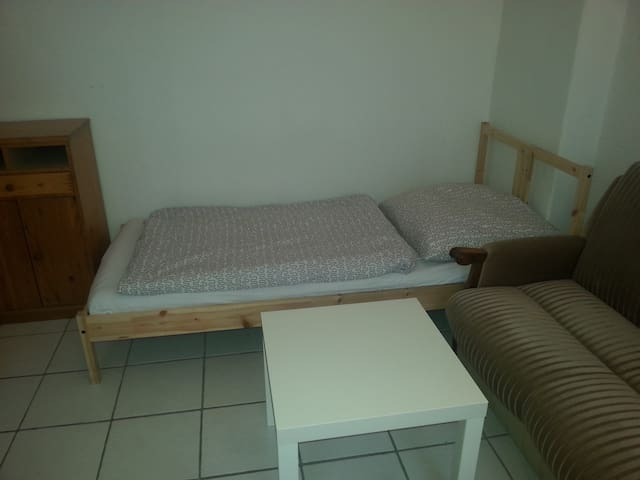 Simple Furnished Room (international Flatshare) - Brema - Dom