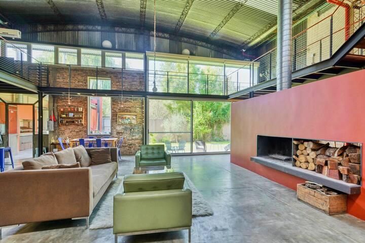Maravillosa Casa de Diseno Industrial