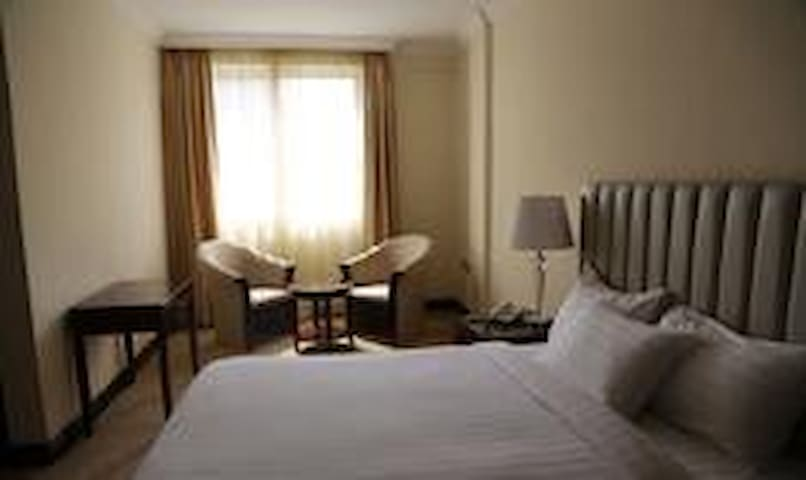 Home Town Addis Hotel - Addis Ababa - Bed & Breakfast