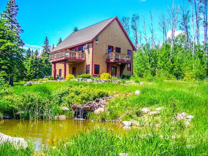Leveaux Mtn Lodge, a beautiful vacation rental home near Tofte, MN that makes you feel like you are on top of the world
