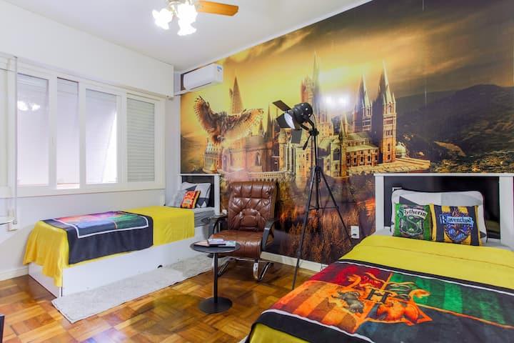 Harry Potter quarto temático  com Ar Condicionado