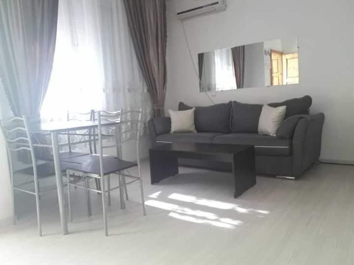 Тристаен апартамент с 2 отделни спални