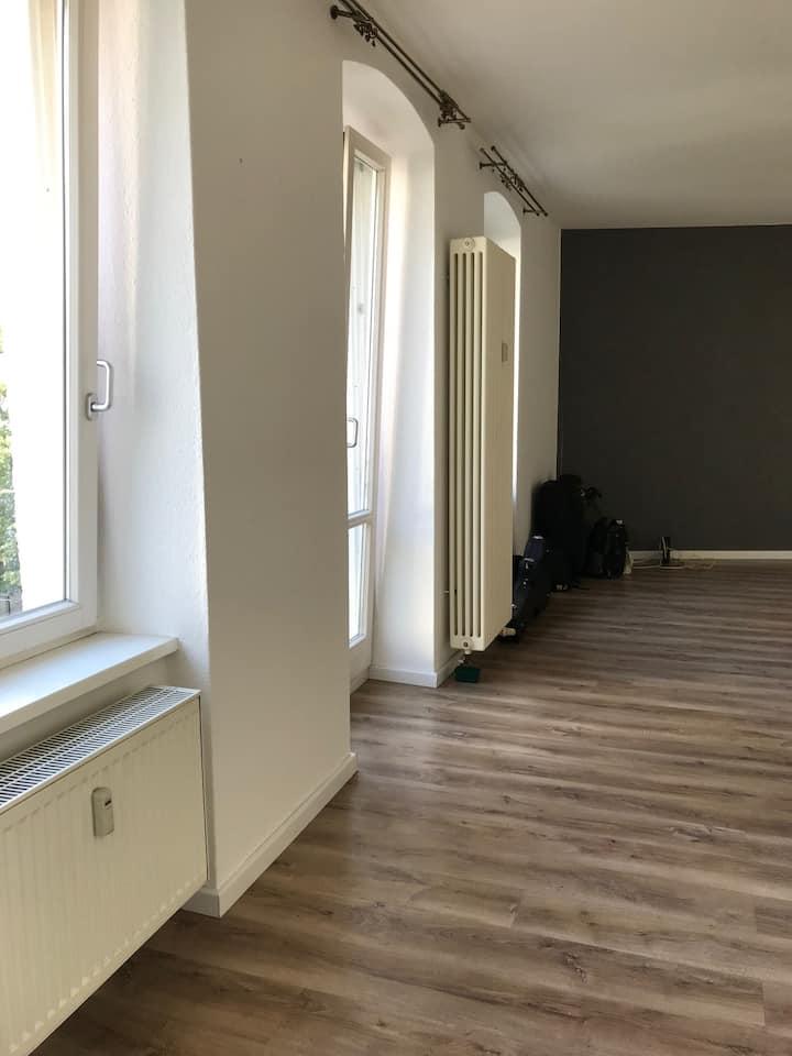 Spacious basic studio in vibrant Kreuzberg