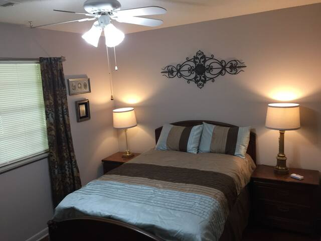 Scarbrough Place - Small Bedroom