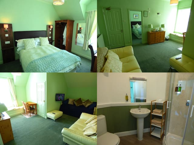Suite 9 at The Southcliff