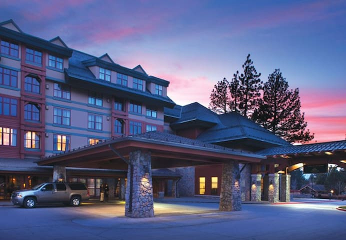 Ski! New Year's Marriott's Villas Lake Tahoe