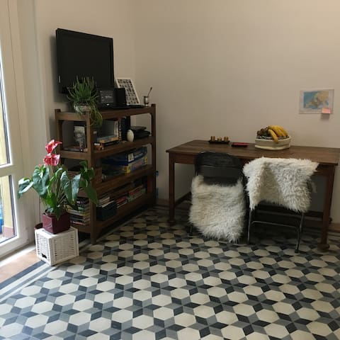 One bed room in the center of Milan - Milaan - Huis