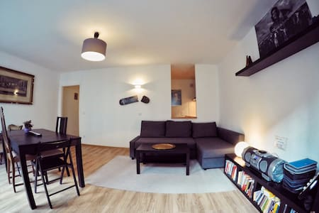 New renovated central appartment - Munich