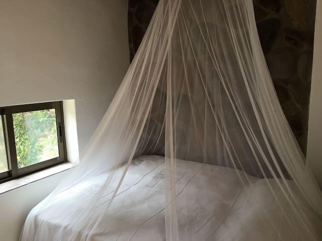 kleines Schlafzimmer 2