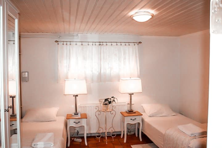 Marin guesthouse (Room 2)