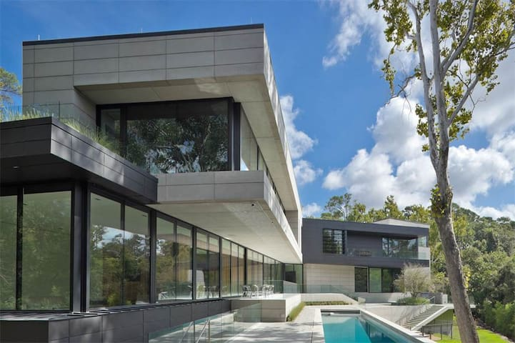 The Ultrachic Glass House on Buffalo Bayou - Houston - Villa