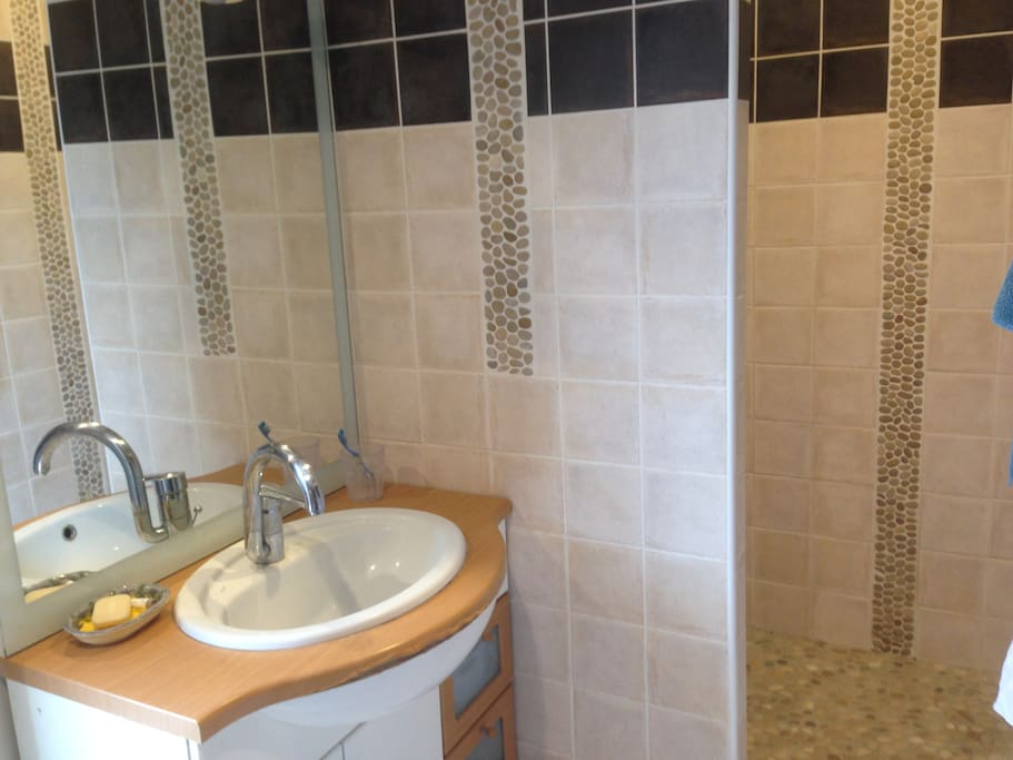 douche chambre 3