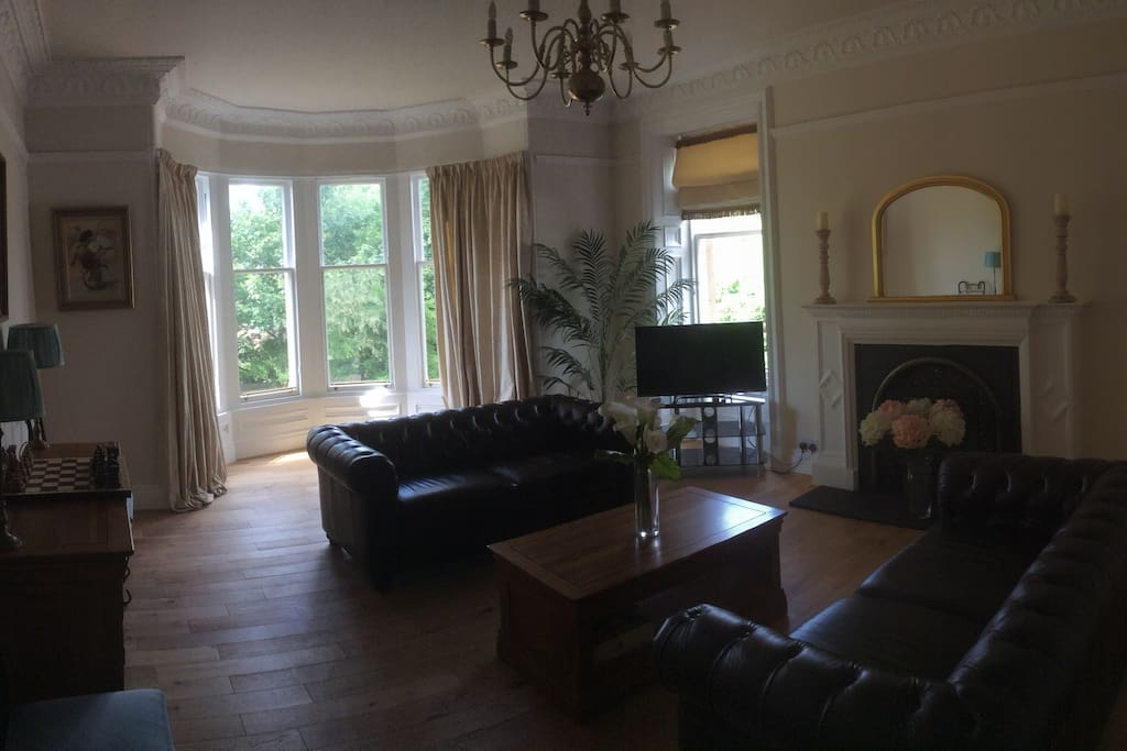 Spacious period Lounge with beautiful view of tree lined Avenue