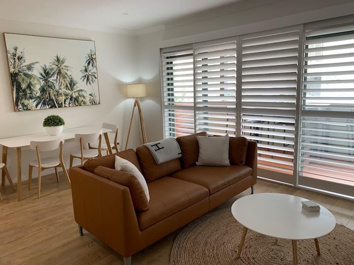 The Bondi Getaway - Luxe Bondi Beach Apartment