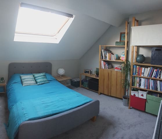 Large double bedroom in stylish East Belfast home