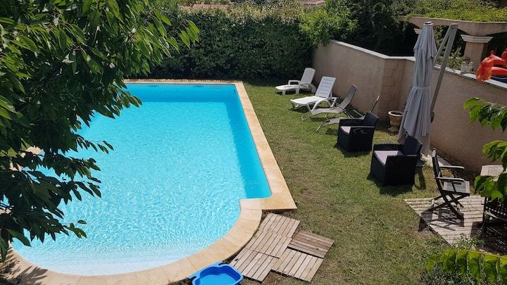 Villa climatisée piscine sans vis à vis prox mer