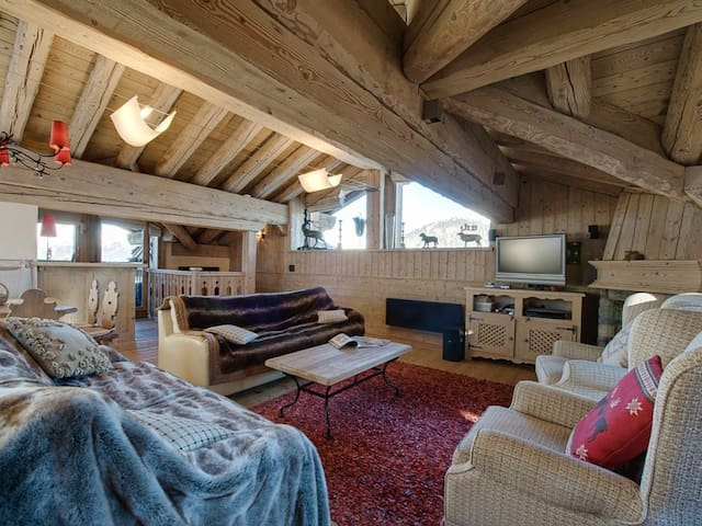 Apartment in the heart of Cospillot à Courchevel